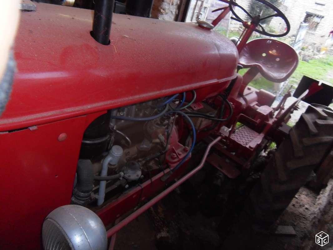 Tracteur massey harris